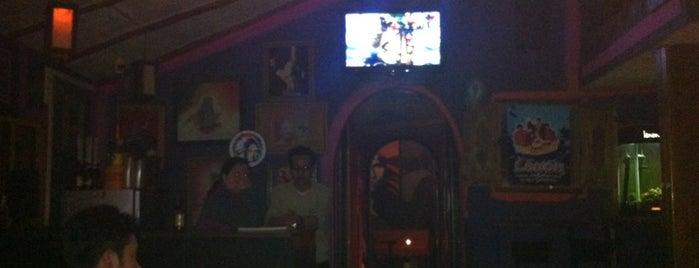 Lennon Rock Pub is one of Gespeicherte Orte von Evandro.