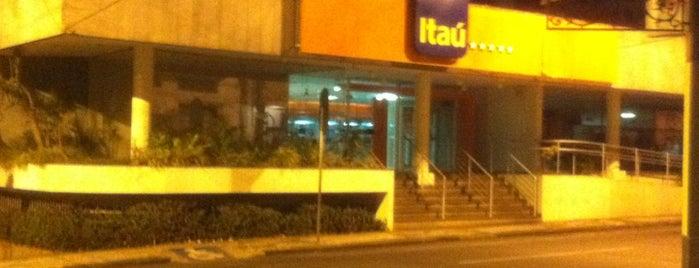 Banco Itaú is one of Orte, die Luis Rafael gefallen.