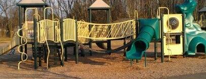 Meadow Breeze Park is one of Lieux sauvegardés par Neil.
