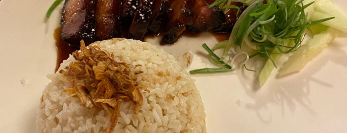 Champ's Damn Shiok Bistro is one of Adrianさんのお気に入りスポット.