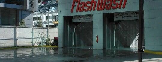FlashWash is one of Tempat yang Disukai Berni.