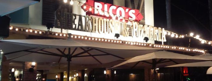 Rico's Steakhouse is one of Lugares favoritos de David.