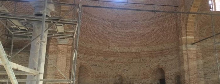 Ermeni Kilisesi is one of Akşehir.