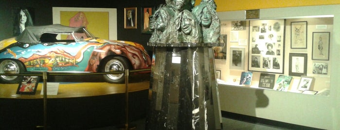 Museum of the Gulf Coast is one of Great places for museum mysteries.
