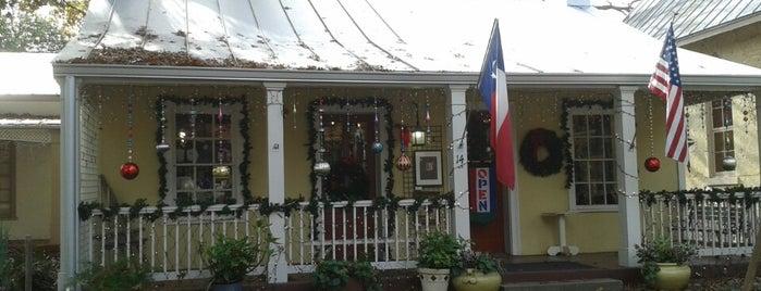 River Art Group is one of San Antonio-Art Galleries.