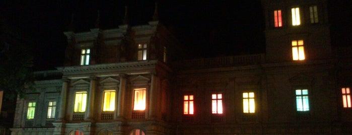 Palatul Știrbei is one of Ghid de București.