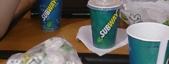 Subway is one of Posti salvati di Meredith.