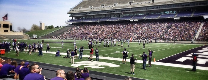Bill Snyder Family Stadium is one of Big 12 Stadiums.