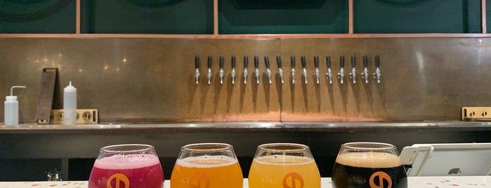 Central District Brewing is one of Lee'nin Beğendiği Mekanlar.