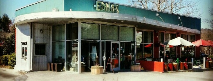 Edna's of Asheville is one of liz'in Kaydettiği Mekanlar.