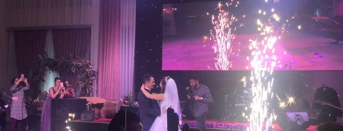 La Rossa Wedding is one of Lugares favoritos de Sevgi.