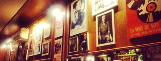 Le Jazz Brasserie is one of Locais curtidos por Clarice.