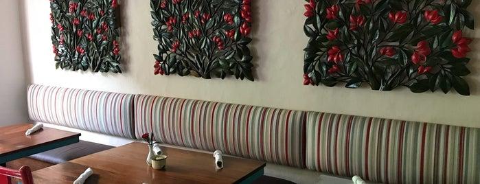 Restaurante El Achiote, Flores, Peten is one of Flores, peten.