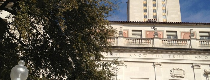 The University of Texas at Austin is one of Gespeicherte Orte von POORdesigner.com.