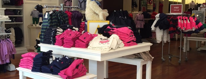 Polo Ralph Lauren Children's Factory Store is one of Locais curtidos por Annette.