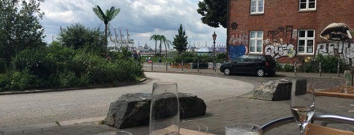 Hamburg Wolkenlos is one of Hamburg:gaumenfreuden.