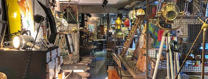 Onsekiz Ltd. Vintage Industrial Lightning & Accesories is one of İstanbul.