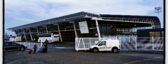 Aéroport Grenoble Isère (GNB) is one of MES AÉROPORTS.