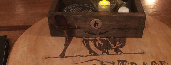 Bootleggers Whiskey Bar is one of Tempat yang Disukai Jennifer.