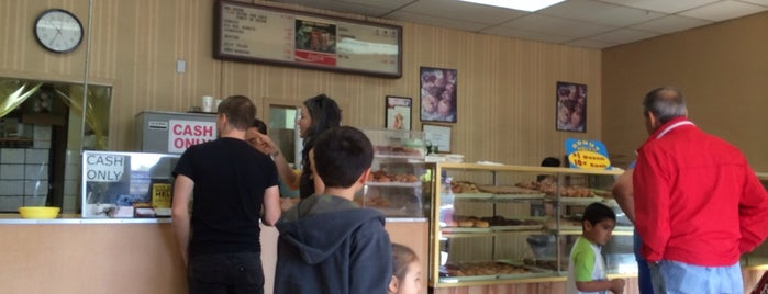 Ronald's Donuts is one of VEGAS   B A B Y.