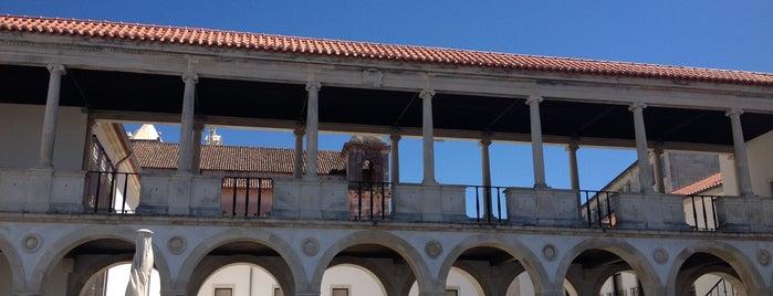 Museu Machado de Castro is one of Coimbra.