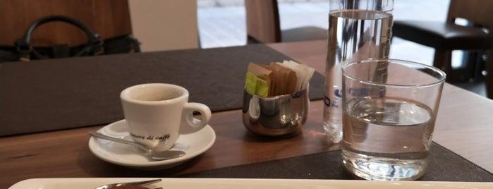 Caffe' Duomo is one of Posti che sono piaciuti a Tasos.