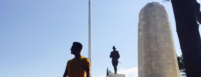 Conk Bayırı Atatürk Anıtı is one of Canakkale.