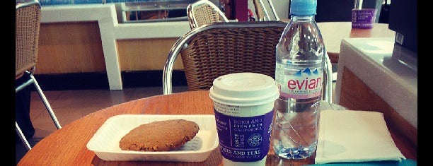 Coffee Bean & Tea Leaf is one of Jeddah - SAFood.