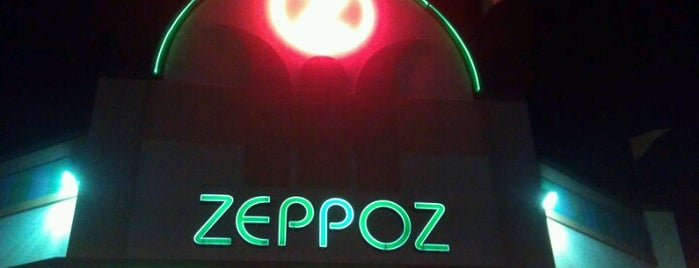 Zeppoz is one of Locais curtidos por Gaston.