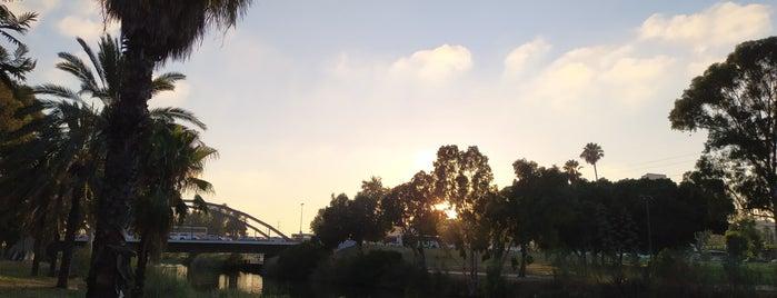 HaYarkon Bridge / גשר הירקון is one of אריק איינשטיין-אהבתיה תל-אביב Arik Einstein R.I.P.