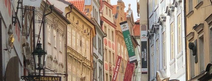 Malá Strana is one of Marina'nın Beğendiği Mekanlar.