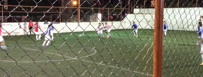 Futbol Rápido metro Velódromo is one of Tempat yang Disukai Aitor.