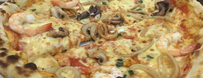 Buzza Pizza is one of HCMC.