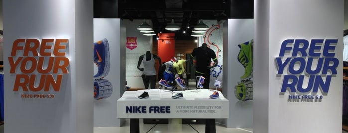 Nike Store Cola di Rienzo is one of Daniele : понравившиеся места.