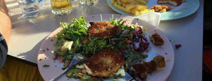 Restaurant Berghaus Tyrol is one of Orte, die Larasati gefallen.