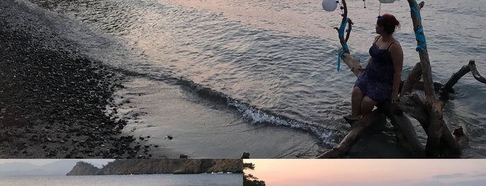 Boncuklu Plajı / Boncuklu Beach is one of Fethiye koylar&beachler 🧜🏼♀️.