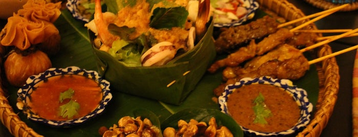 Chef Chom's Thai Restaurant, The Tongsai Bay is one of koh Samui.