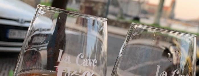 La cave à Féfé is one of França.