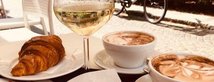 Bottega del Caffè Dersut is one of Verona 🇮🇹.