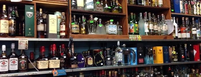 Ledger's Liquors is one of Lieux sauvegardés par Darcy.