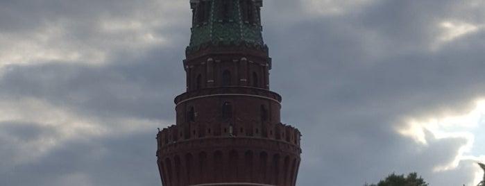 Blagoveschenskaya Tower is one of Lieux qui ont plu à iNastasia.