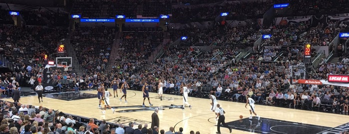 San Antonio Spurs Game is one of Angeles'in Beğendiği Mekanlar.