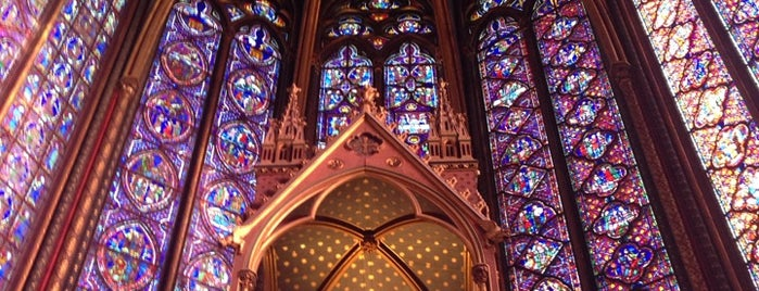 Sainte-Chapelle is one of Lieux sauvegardés par Spencer.