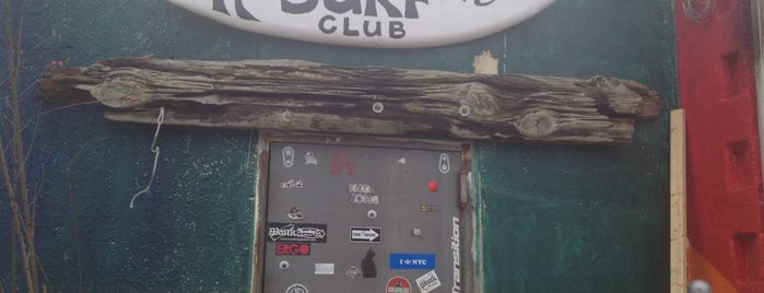 Rockaway Beach Surf Club is one of Queens.