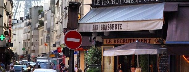 Le Recrutement Café is one of Paris food.