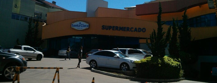 Supermercado Santa Clara is one of Adeonir : понравившиеся места.