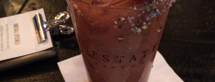 Upstate Tavern is one of Locais curtidos por Susan.