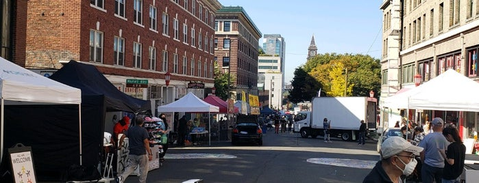 Chinatown-International District is one of Oregon and Washington faves and to-do.