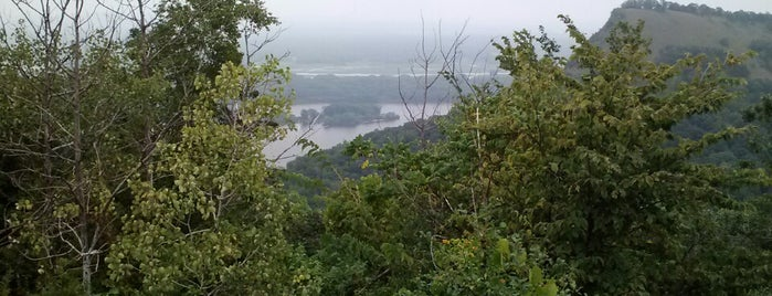 Great River Bluffs State Park is one of Tempat yang Disimpan Louise.
