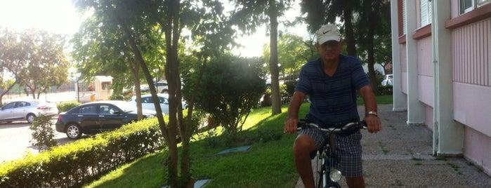 Mavişehir Bisiklet ve Koşu Yolu is one of Lieux qui ont plu à ba$ak.